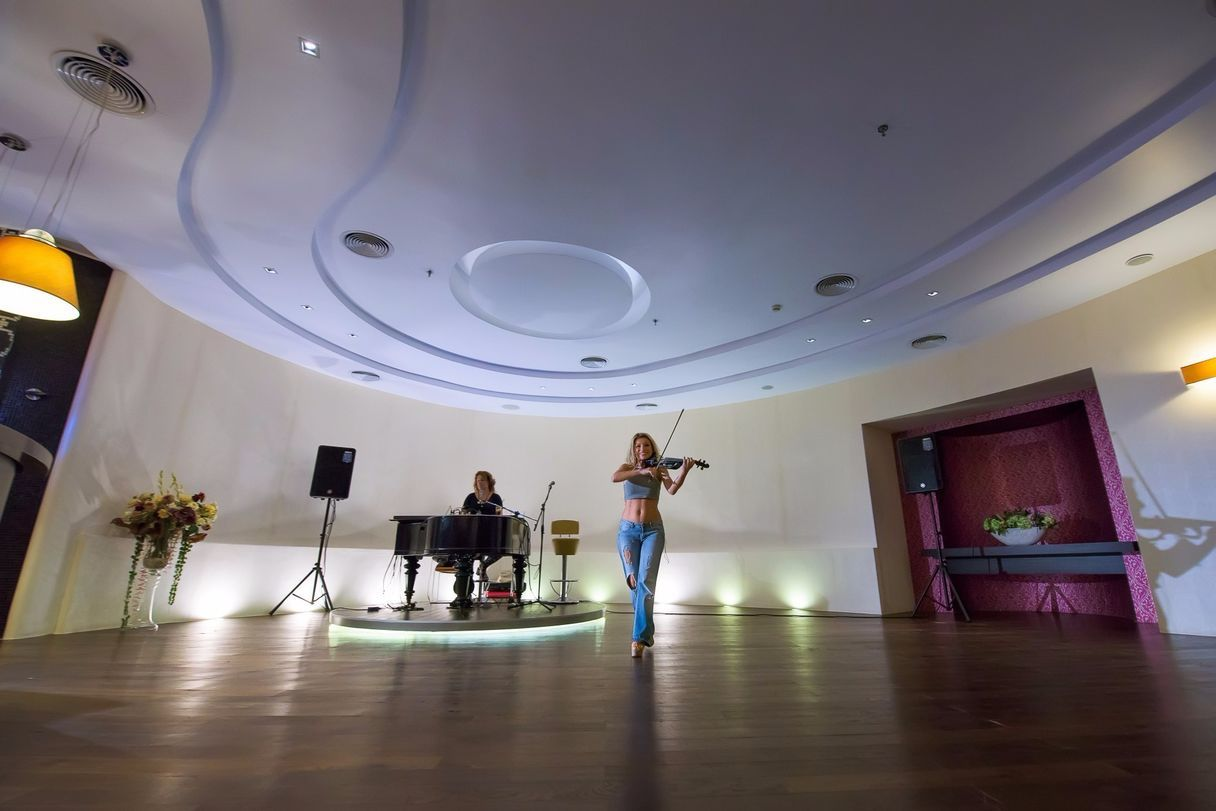 Electric_Violin_Piano_Show