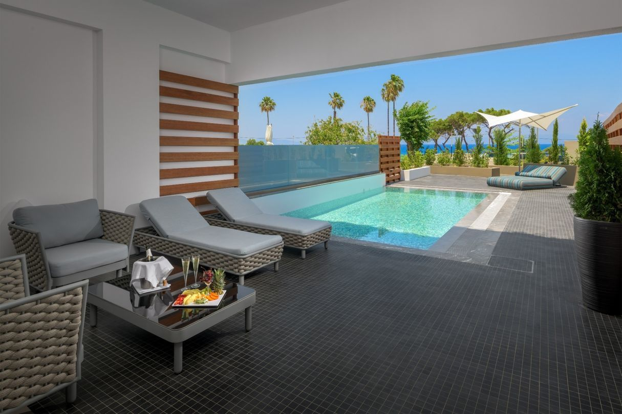 Superior Suite Private Pool